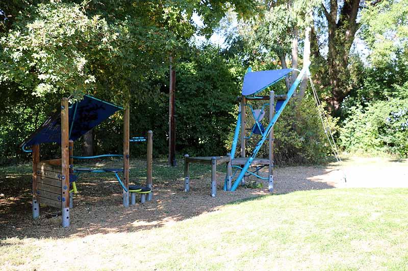 Spielplatz Badwiesen-3