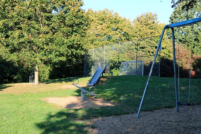 Spielplatz Kitteneshalde-1