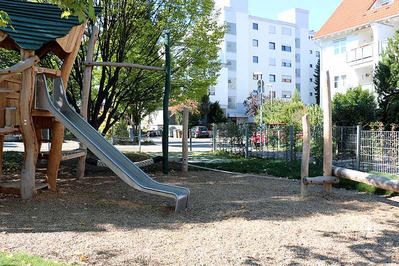 Spielplatz Röntgenstraße-4