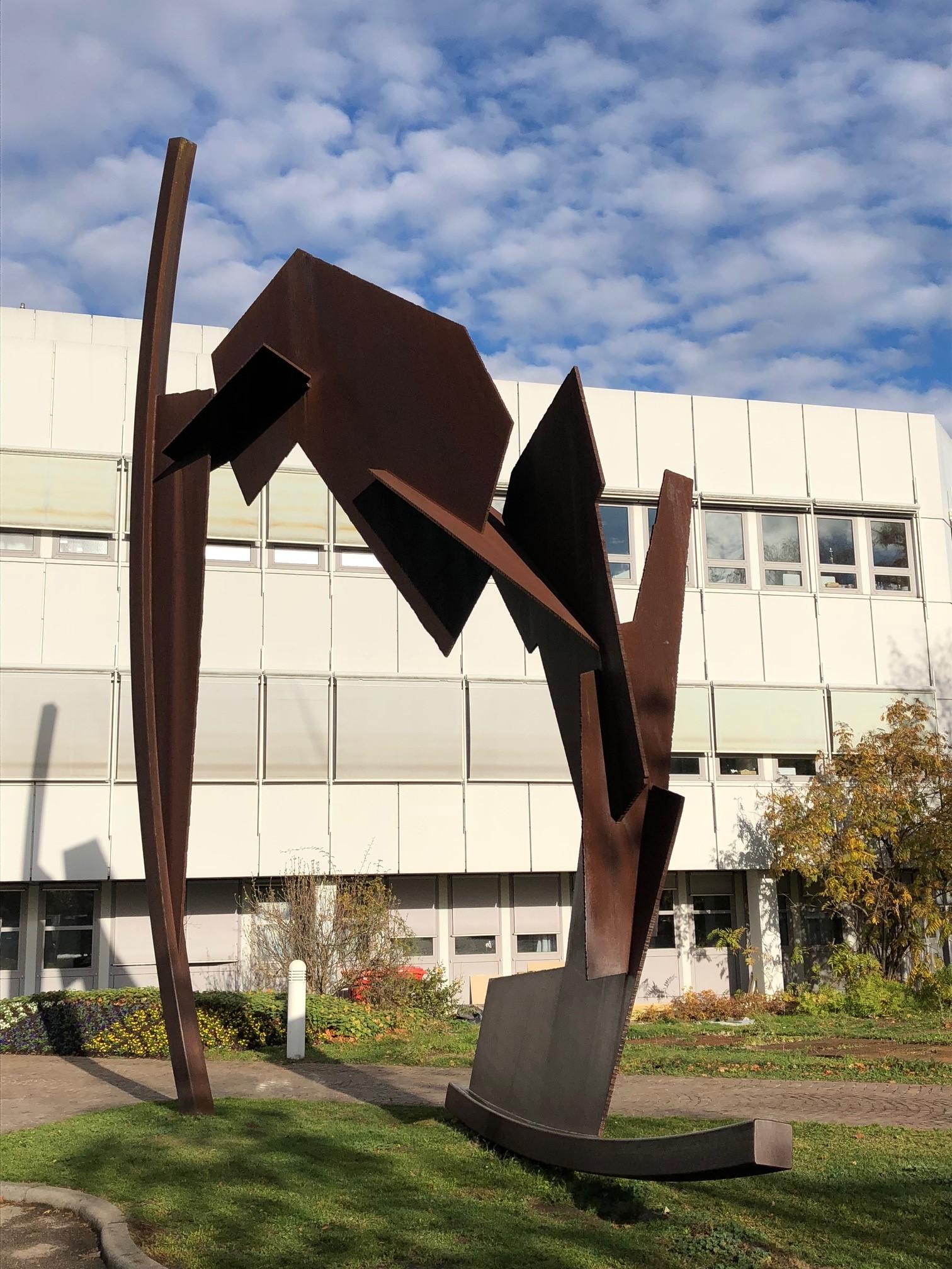 Skulptur Bewegtes Gefüge auf dem Kunstweg