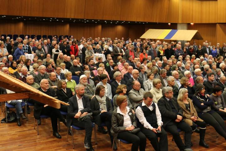 Blick in das Publikum beim Dämmerschoppen in der Stadthalle am 11.01.2019