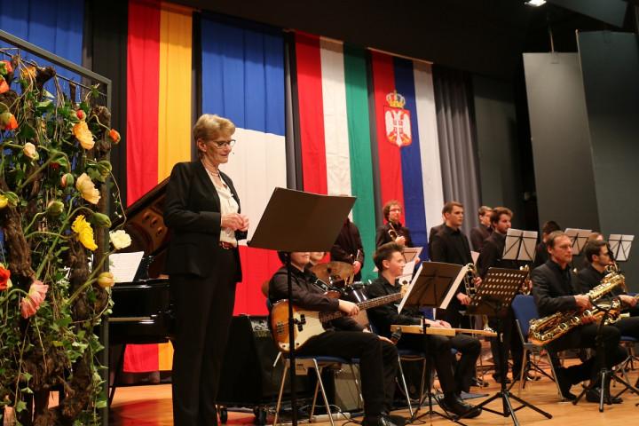 Oberbürgermeisterin Angelika Matt-Heidecker und die Big Band Kirchheim beim Dämmerschoppen in der Stadthalle am 11.01.2019