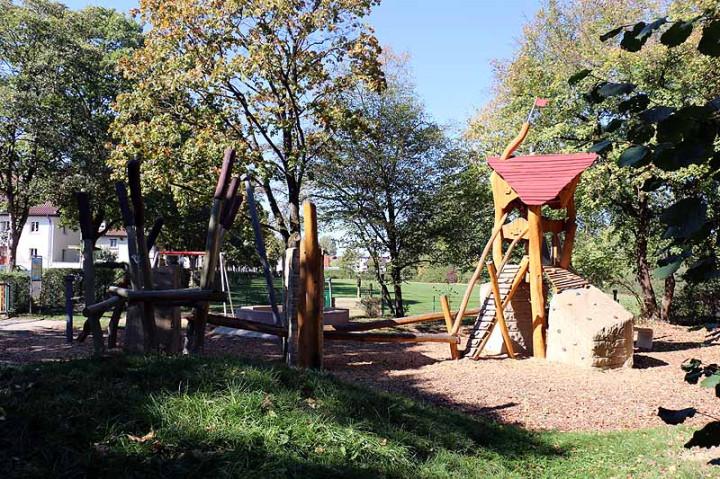 Spielplatz Lindachallee-4