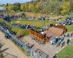 Eine Draufsicht auf den Bikepark aus Richtung Südosten. Bild von der Eröffnung am 20.10.19.