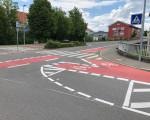 Die neu markierten Fahrradstreifen an der Kreuzung Hahnweidstraße/Ziegelstraße