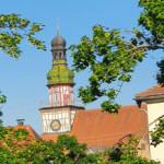 Blick von der Bastion über den Vogthausgarten und das Vogthaus in Richtung Rathaus