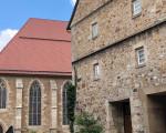 Bild vom Max-Eyth-Haus, Martinskirche und Kornhaus von links nach rechts