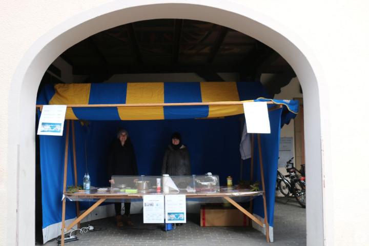Waffel beim Waffelstand der Azubis der Stadtverwaltung Kirchheim unter Teck vor dem Rathaus