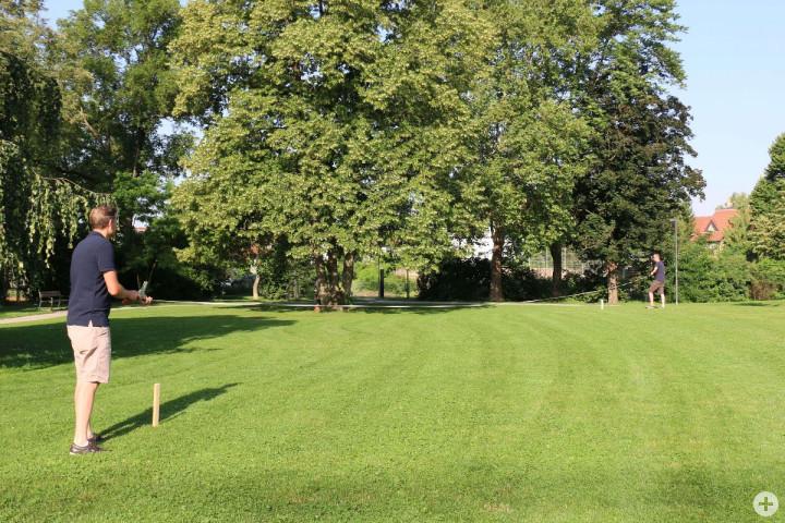 Die Fläche im Bürgerpark wird abgesteckt