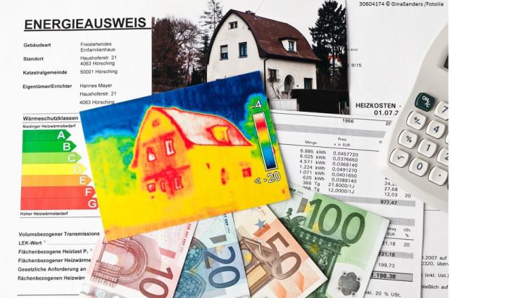 Eine Collage mit Energieausweis, Euroscheinen und weiteren Dokumenten und Grafiken