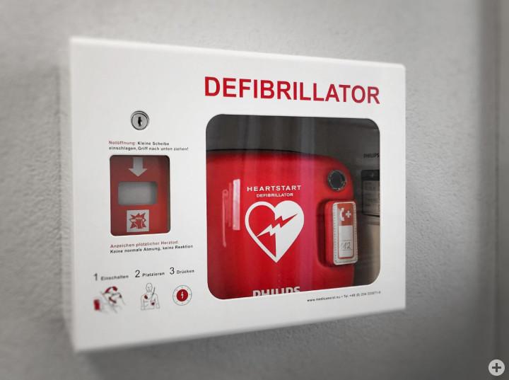 Der Defibrillator im Technischen Rathaus