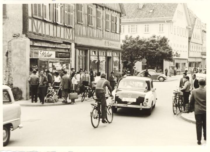 Marktstraße 26 und 28(l.) (StadtA Ki F 16277)