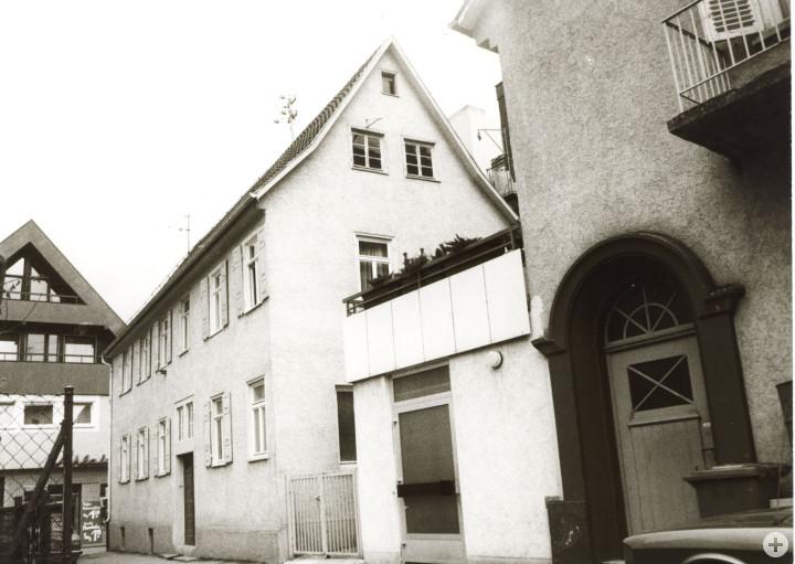 Flachsstraße 10 (StadtA Ki F 10569)