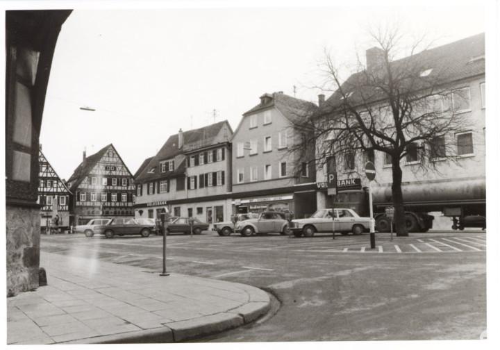 Marktplatz 1 und 3 (StadtA Ki F 09090)