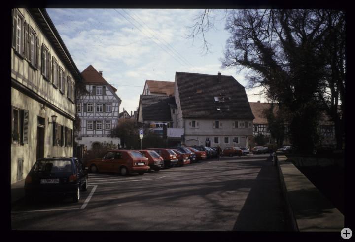 Schlossplatz 9, 14 und 12 (v.l.n.r.) (StadtA Ki F 18517)