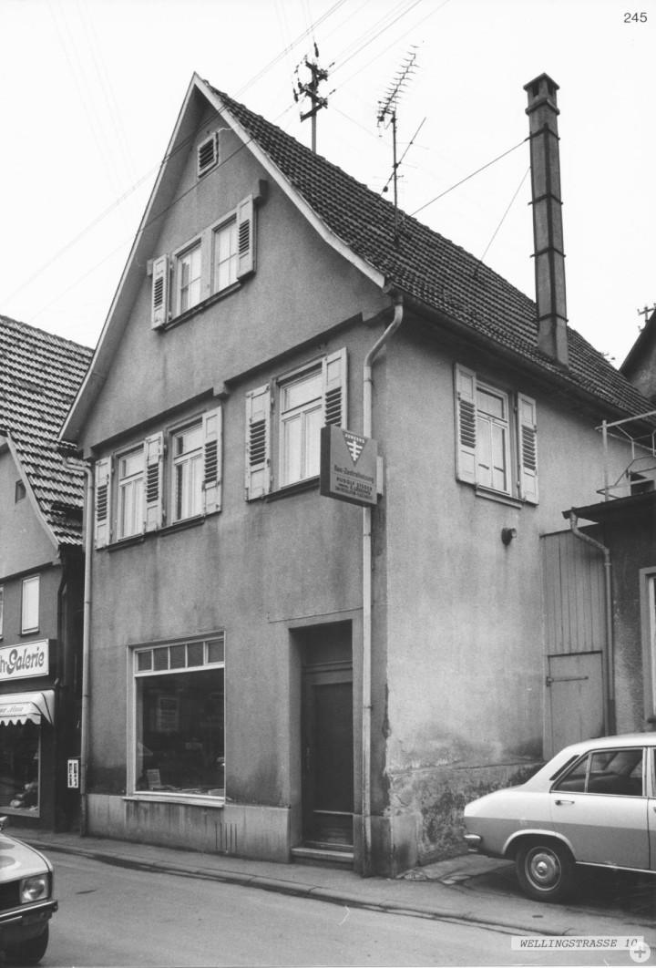 Wellingstraße 10 (StadtA Ki F 17340)