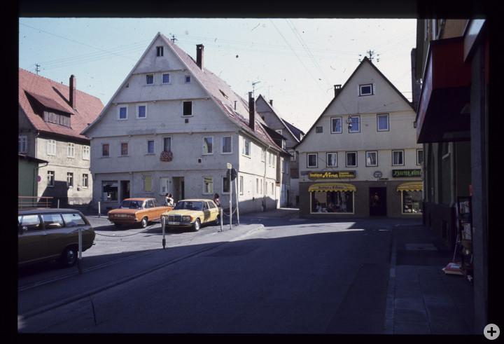 Wellingstraße 12 (rechts) (StadtA Ki F 18432)