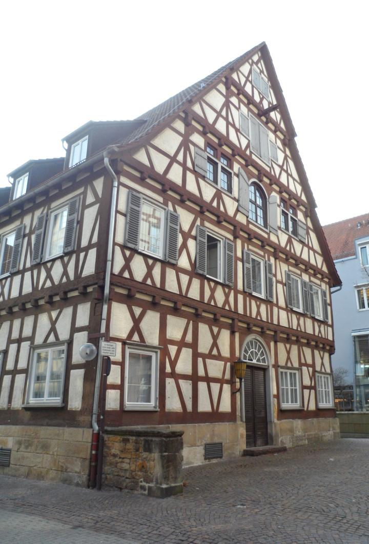 Kornstraße 4