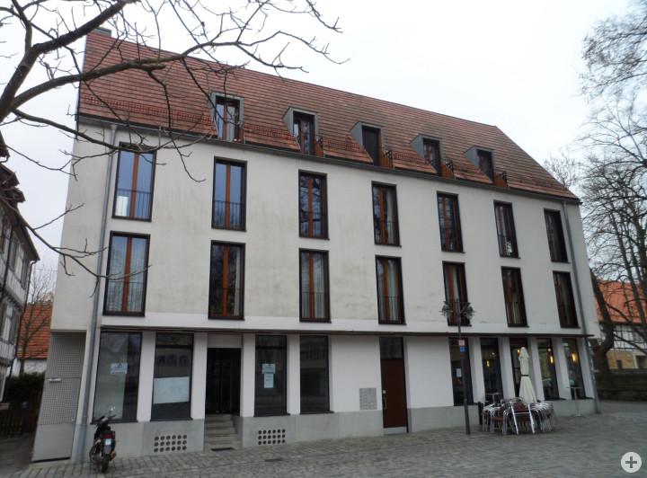 Schlossplatz 12
