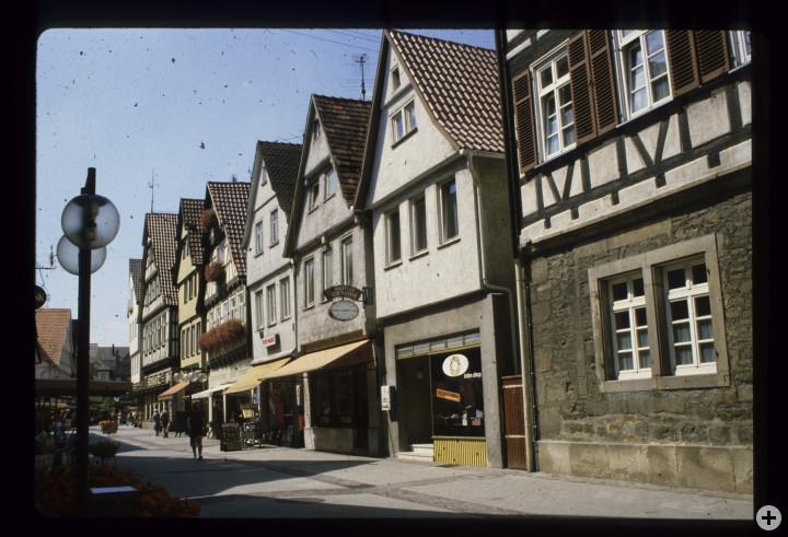 Max-Eyth-Straße 51 (4tes Haus v. l.) (StadtA Ki F 18413)