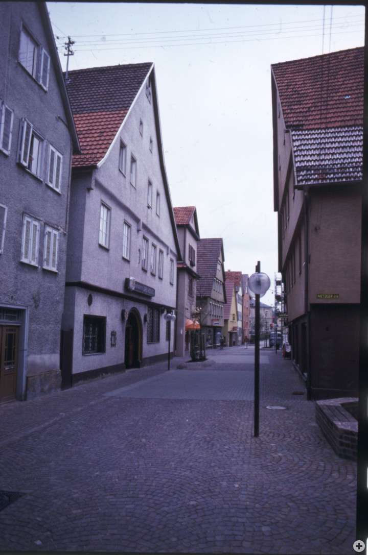 Dreikönigstraße 8 (rechts) (StadtA Ki F 10460)