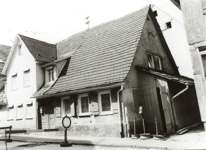 Metzgerstraße 8 (StadtA Ki F 9864)