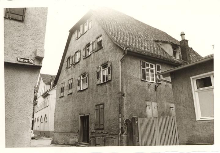 Wellingstraße 11 (StadtA Ki F 4627)