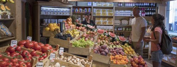 Geschäft mit Obst und Gemüse